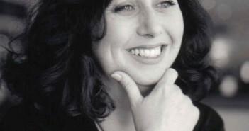Headshot photograph of Deborah Shaw
