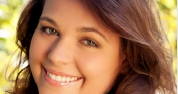 Headshot photograph of Diana Brandl