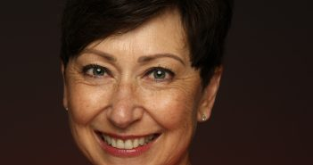 Headshot photograph of Dawn Becker